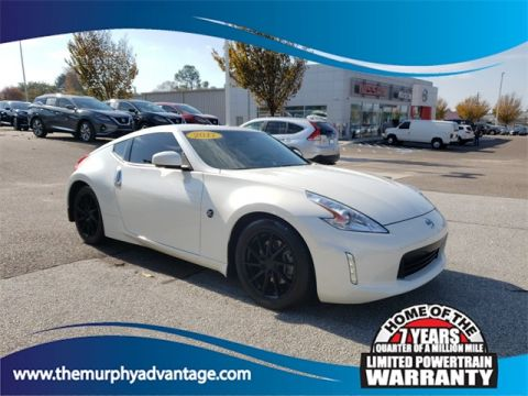 Pre-Owned 2017 Nissan 370Z Base